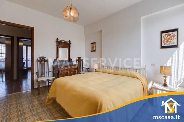 Quadrilocale in affitto zona Rinnovamento a Roma Vista Camera Matrimoniale