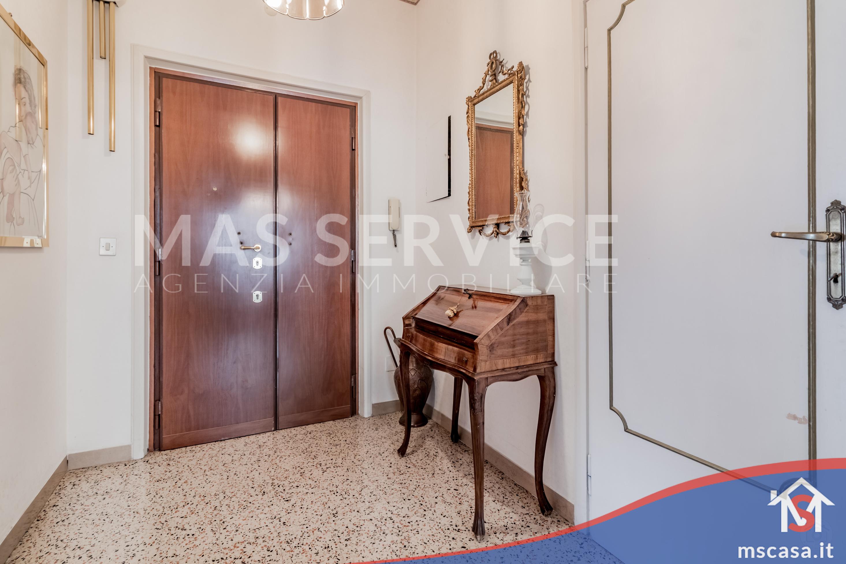 Trilocale in vendita Zona Montagnola a Roma Ingresso