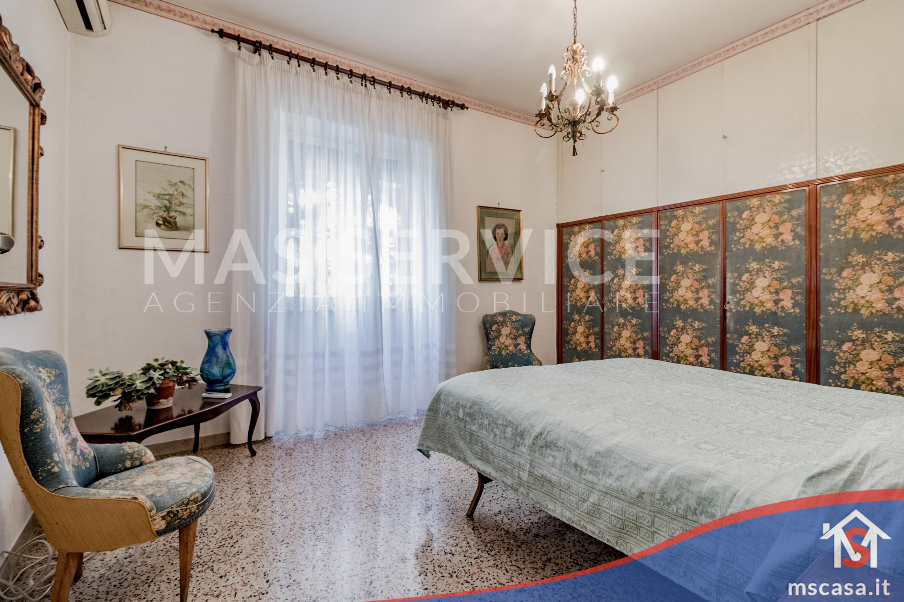 Trilocale in vendita zona Montagnola a Roma Camera Matrimoniale