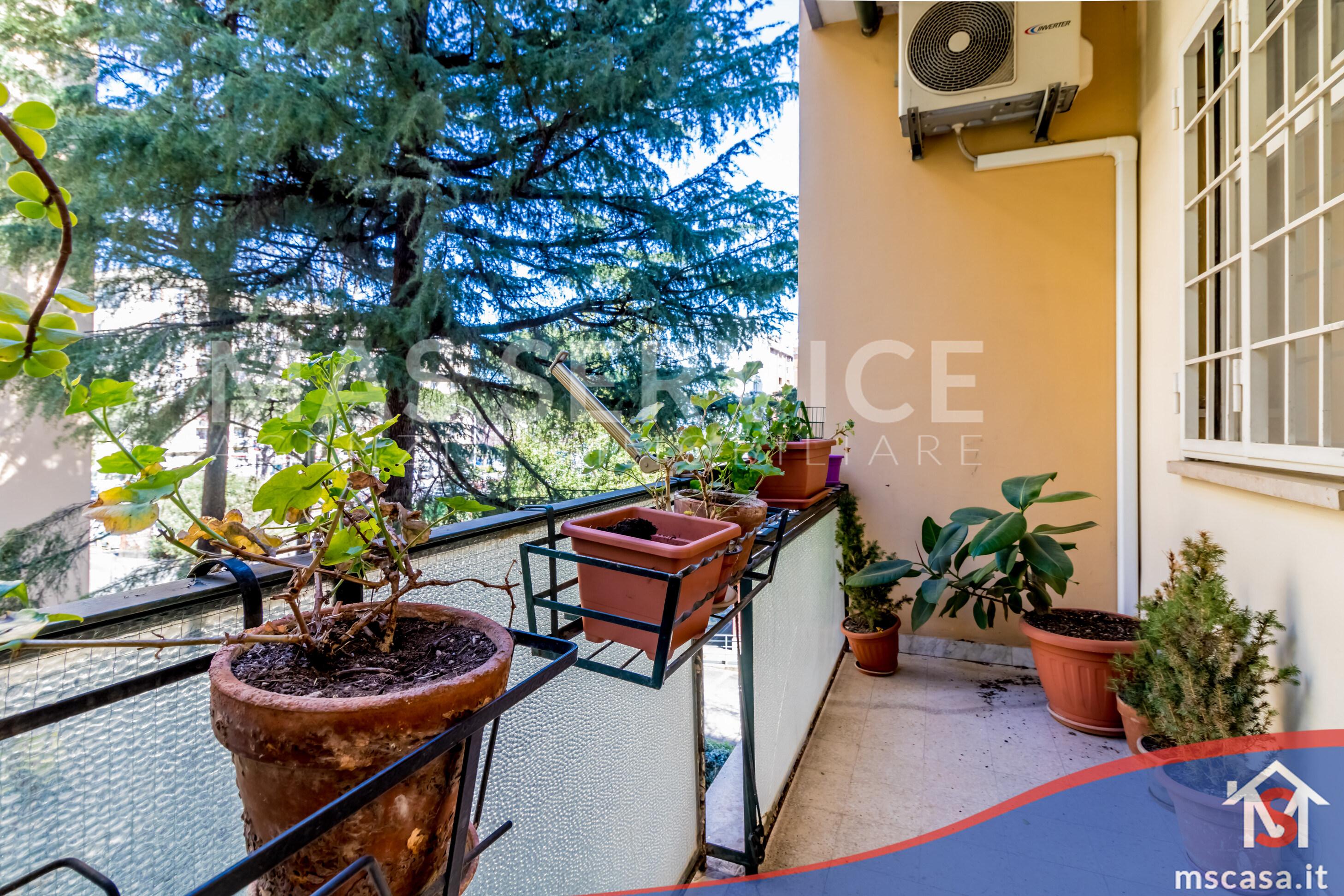 Trilocale in vendita zona Montagnola a Roma Balcone