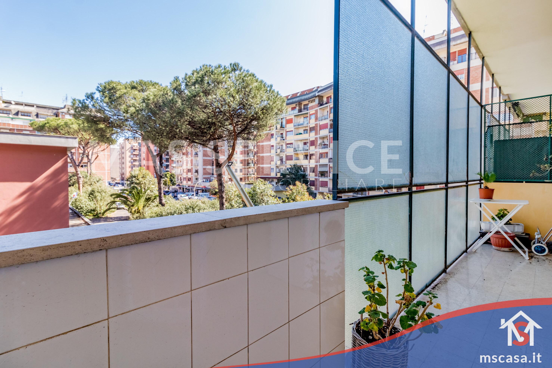 Trilocale in vendita zona Montagnola a Roma 2 Balcone