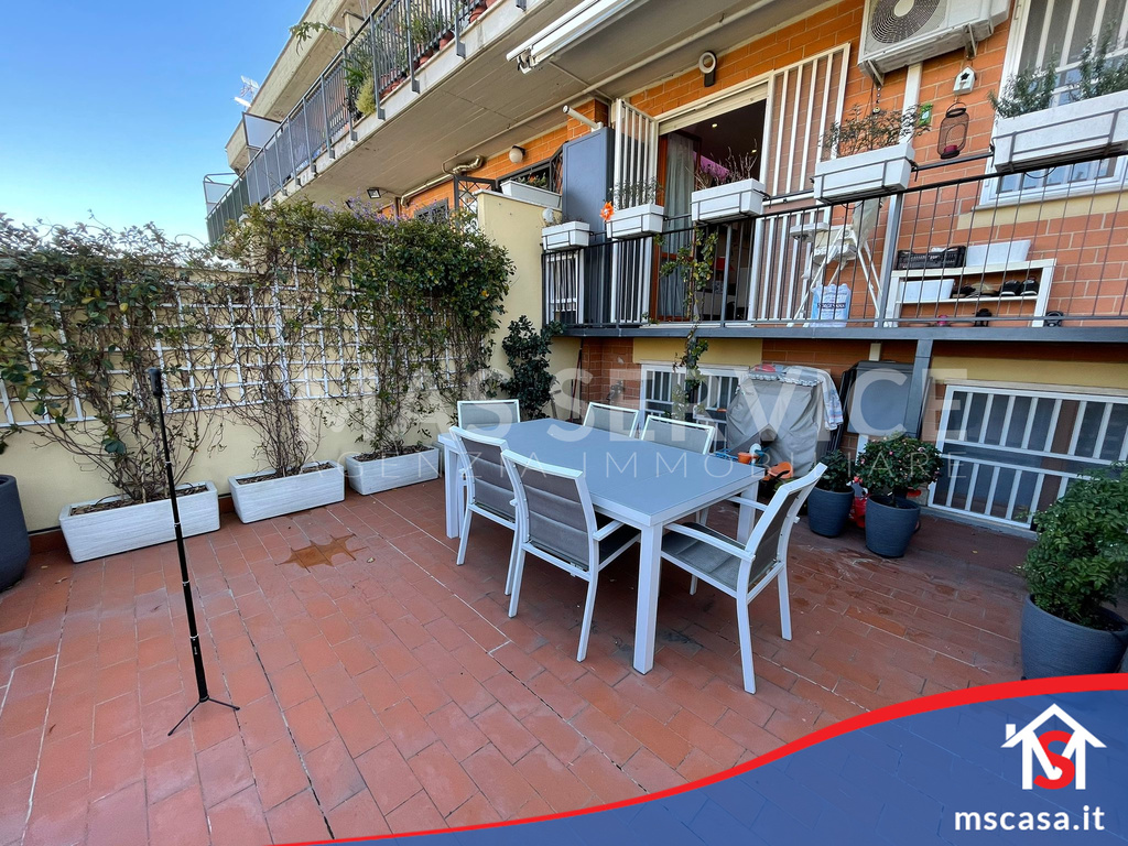 Trilocale in vendita zona Torrino a Roma Vista Terrazzo
