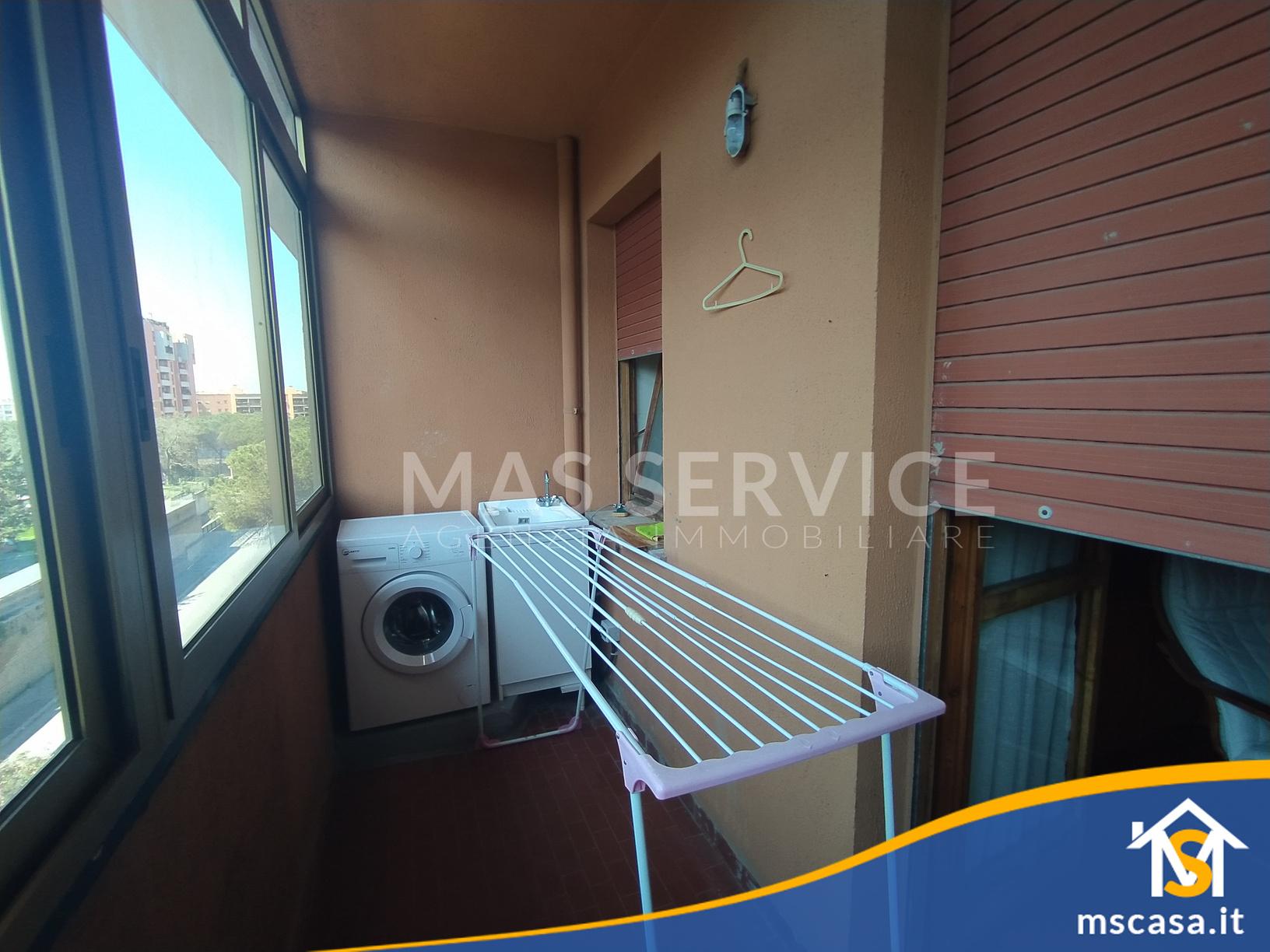 Quadrilocale in affitto zona Roma 70 a Roma Vista Balcone Verandato