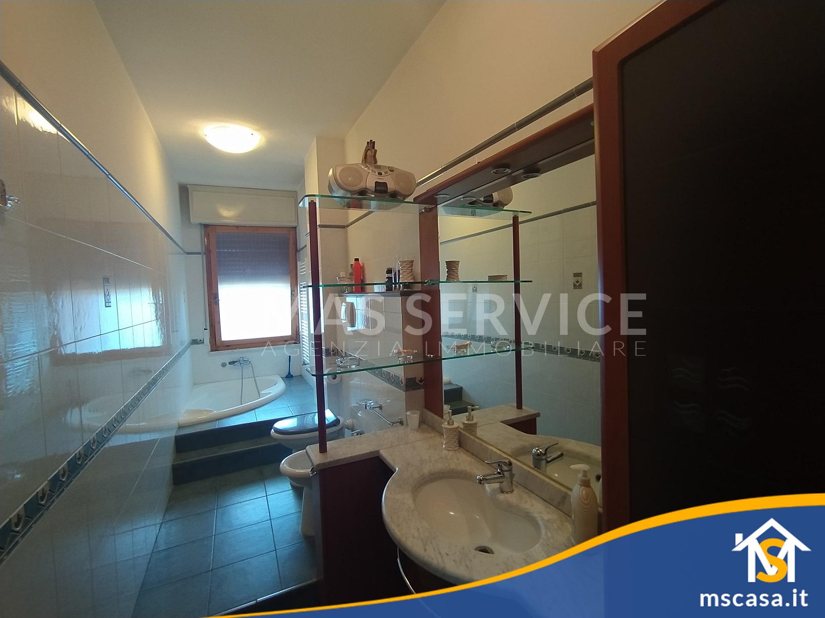 Quadrilocale in affitto zona Roma 70 a Roma Vista 1 Bagno