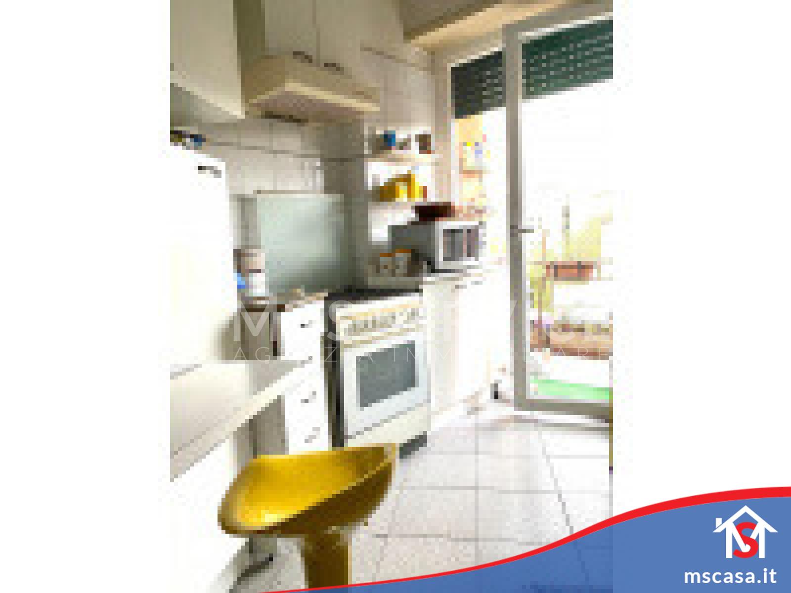 Trilocale in vendita zona Ardeatino a Roma Vista Cucina altra prospettiva
