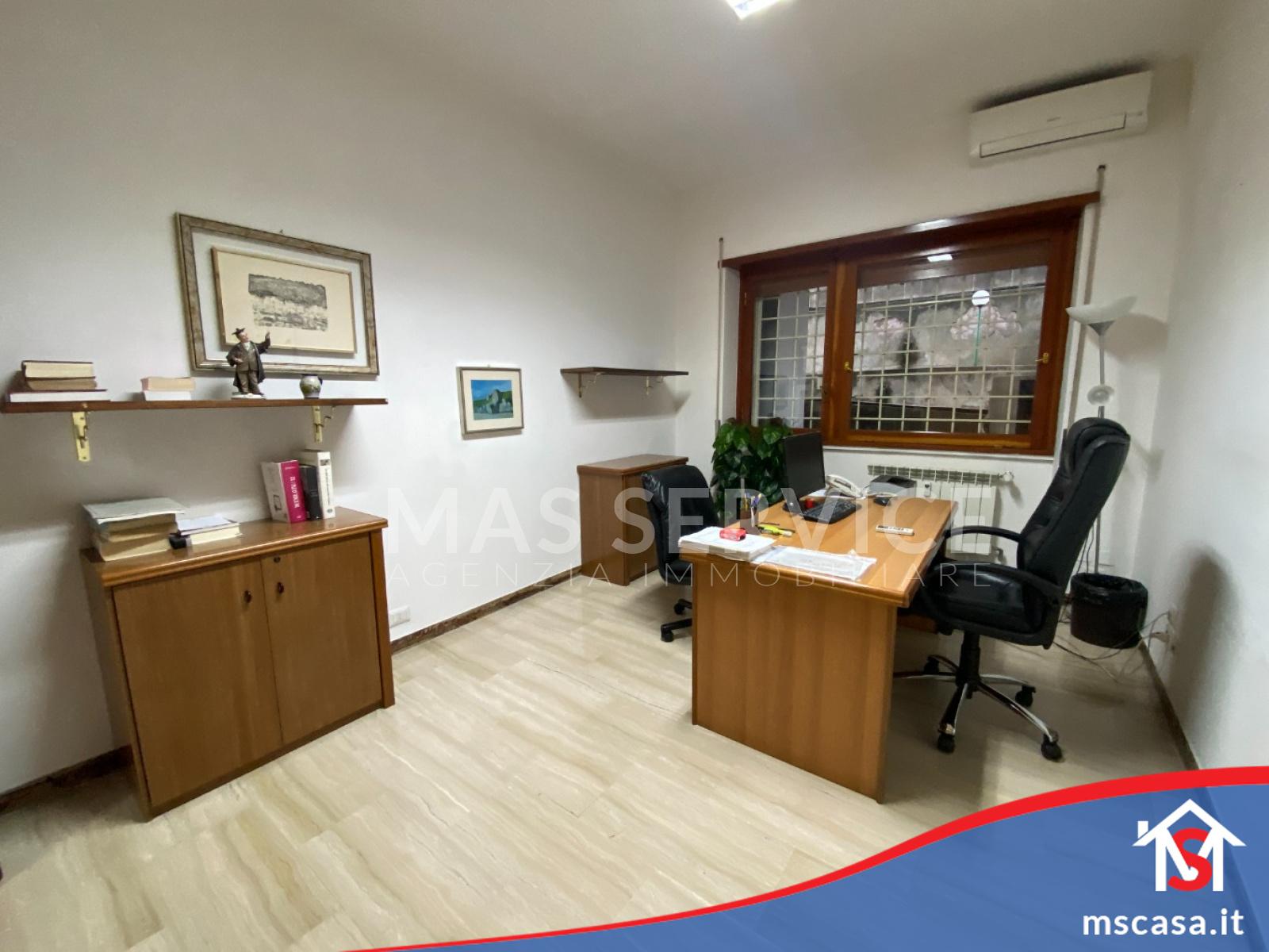 Appartamento in Vendita zona Montagnola a Roma Vista 3 Stanza