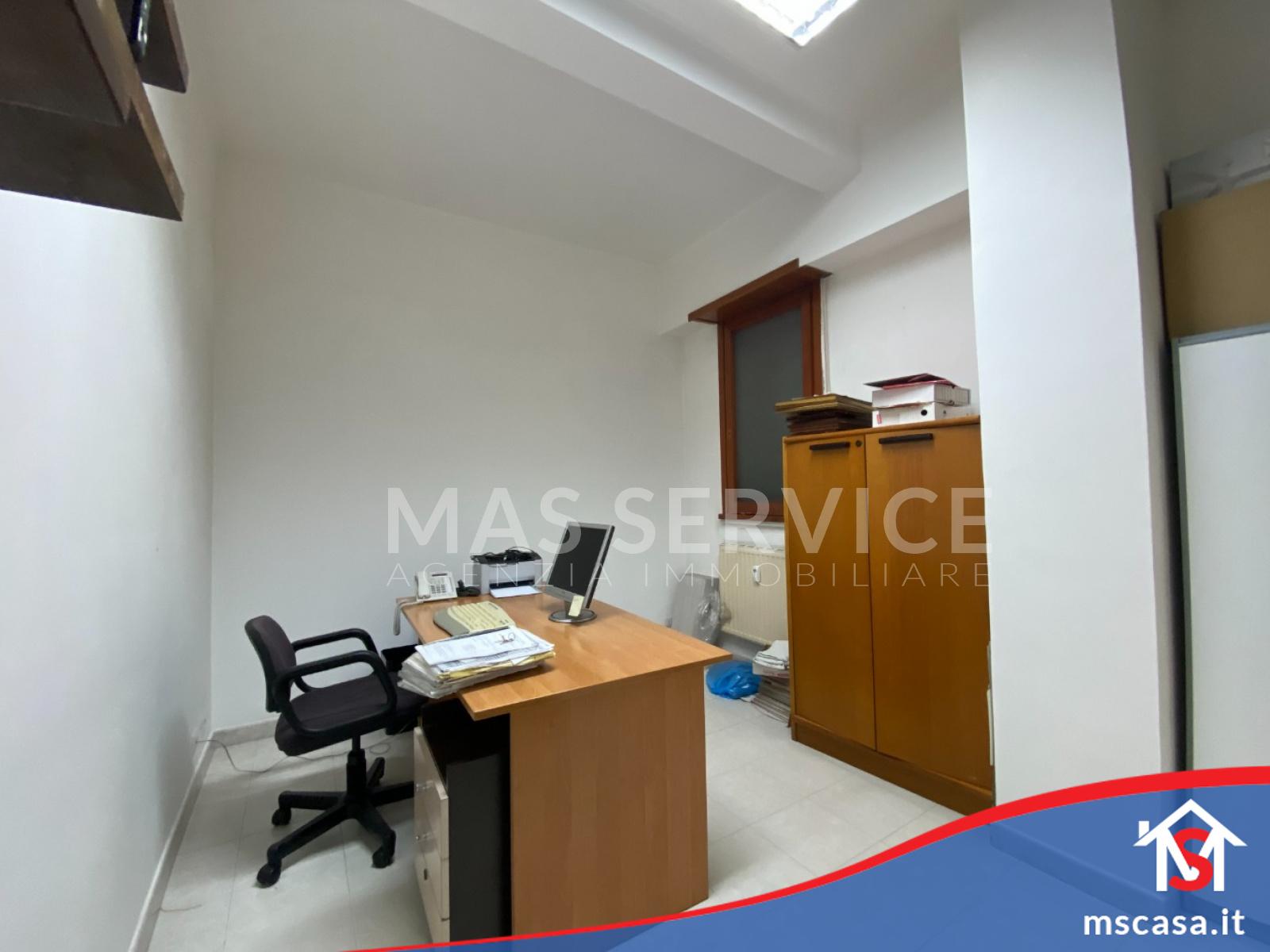 Appartamento in Vendita zona Montagnola a Roma Vista 4 Stanza