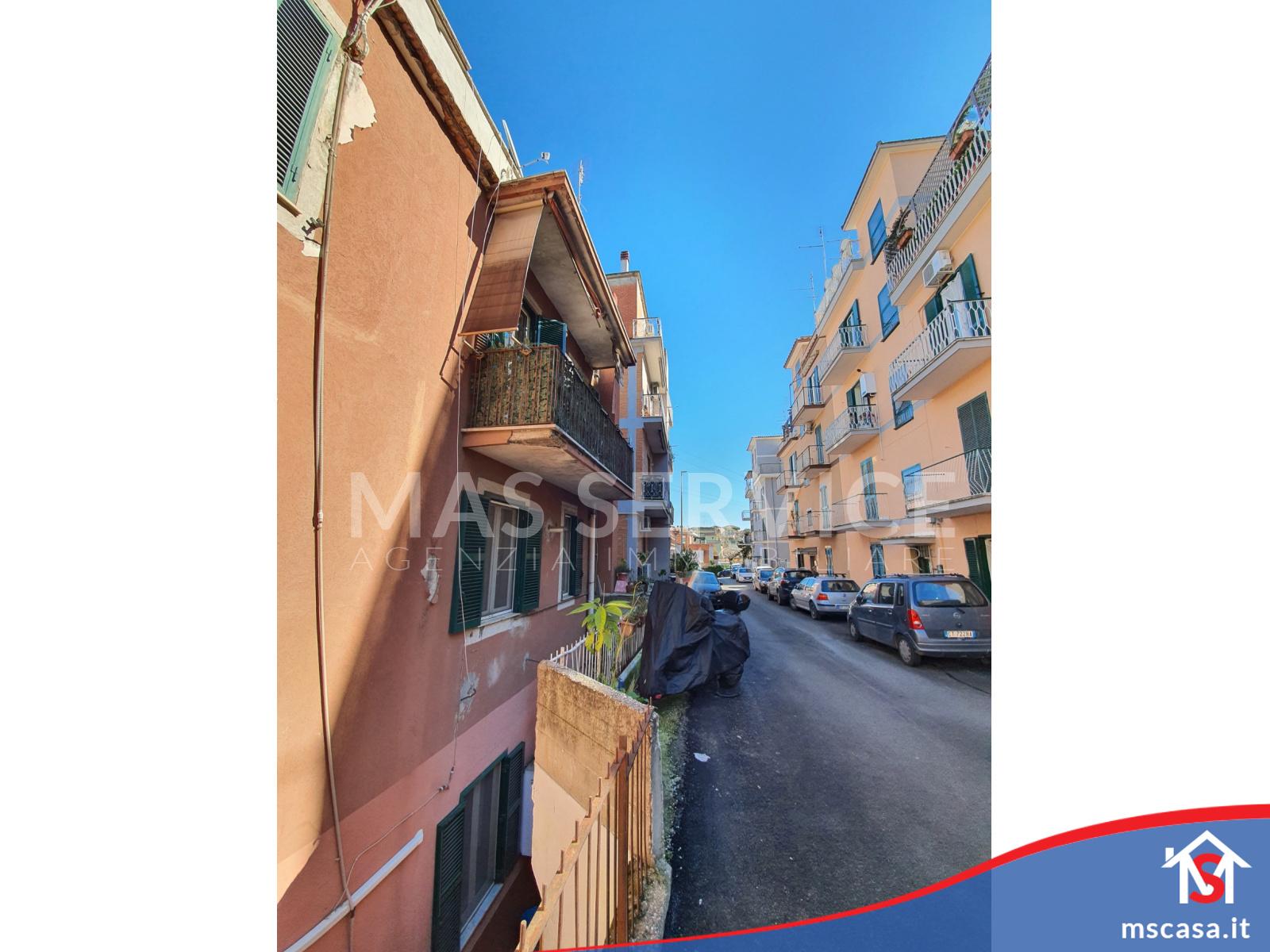 Bilocale in vendita zona Trullo a Roma Vista Via Stabile