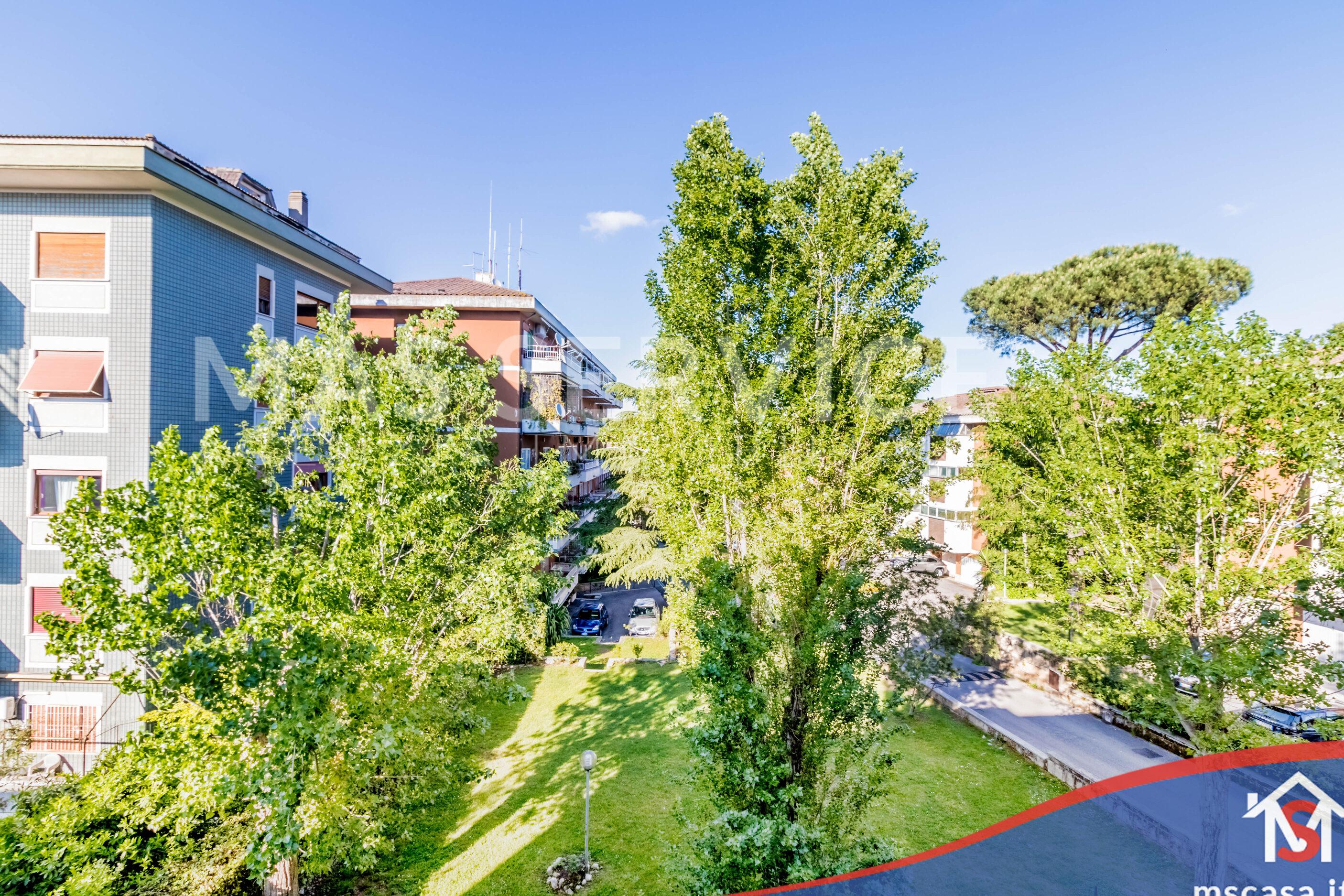 Bilocale in vendita zona Mostacciano a Roma Vista Affaccio