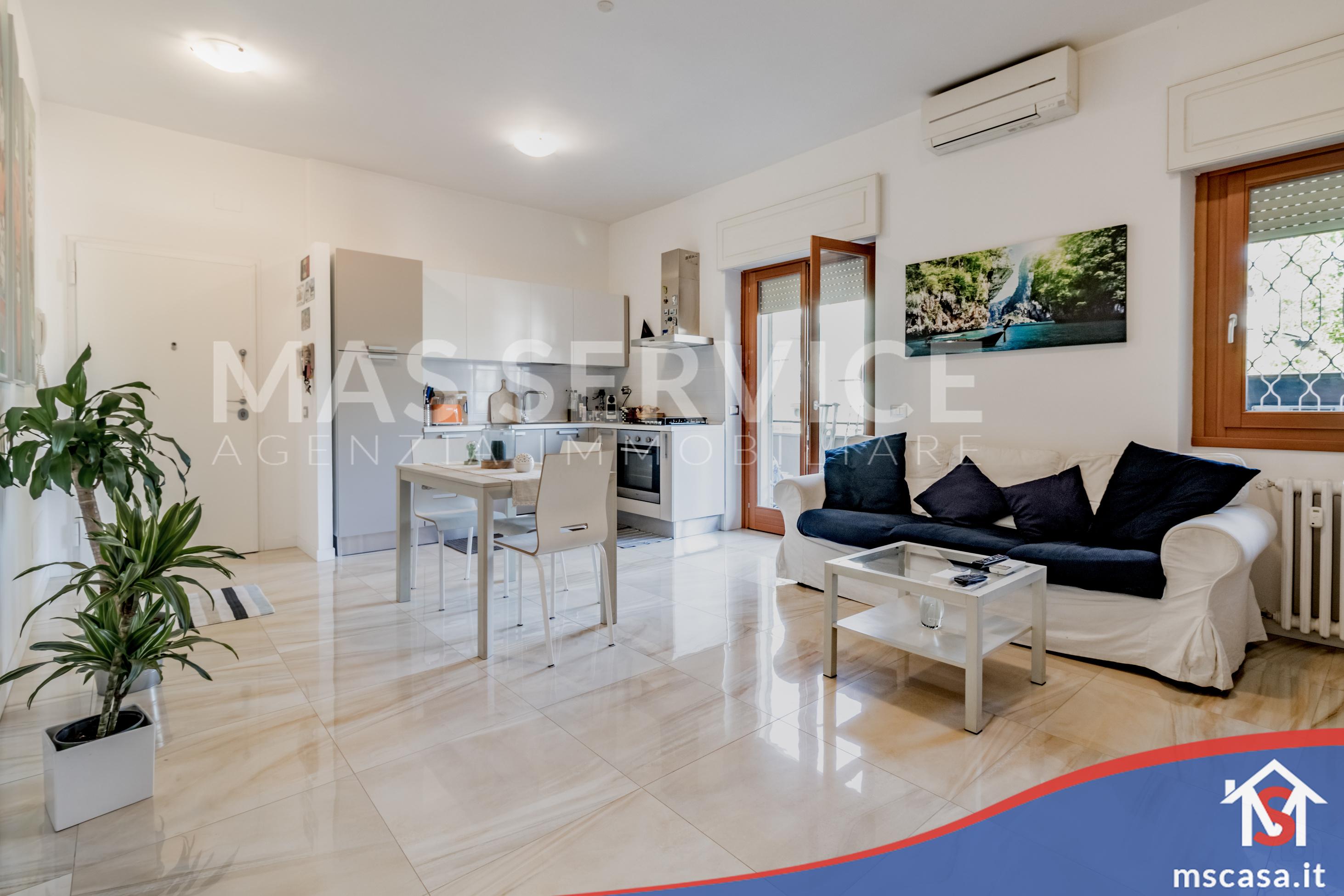 Bilocale in vendita zona Mostacciano a Roma Vista Soggiorno Open Space particolare zona Divano